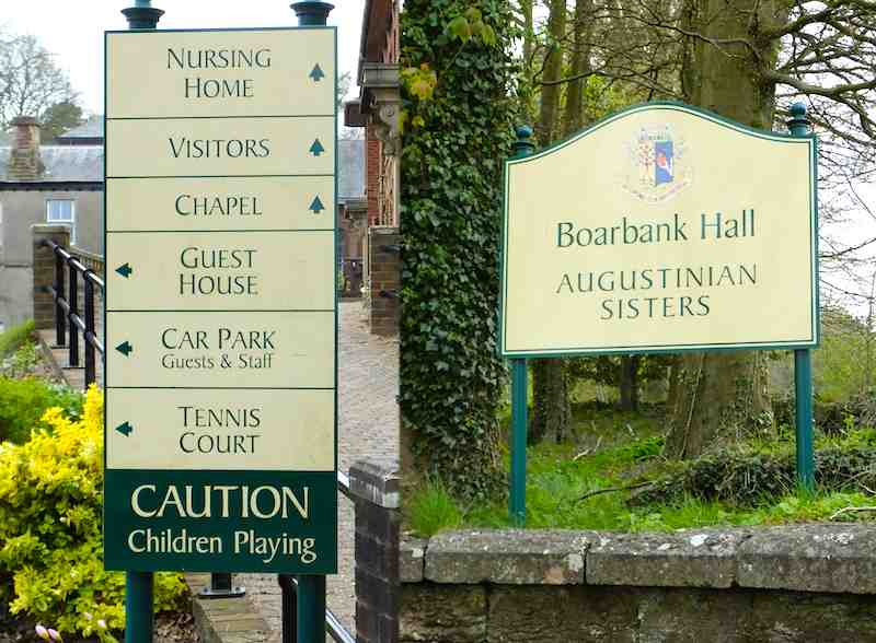 Boarbank Entrance Signs